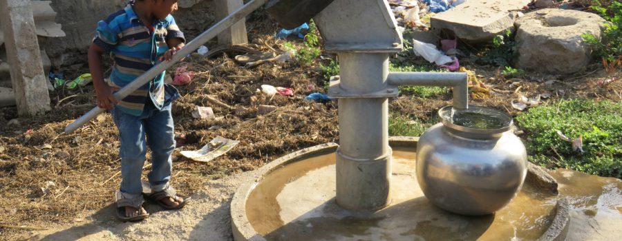 S-Brunnen-mit-sauberem-Wasser