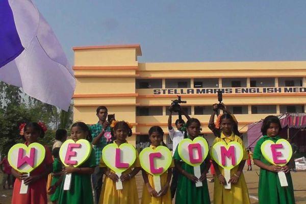 Indien: Stella Maris  Schule fertiggestellt
