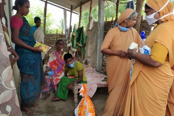 Hilfe für Indien